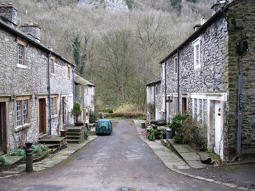 Ravensdale Cottages, Cressbrook, Peak District - source http://vacationrentals.bg/ravensdale-cottages-cressbrook-peak-district/  by  #condo #chalets #cottage