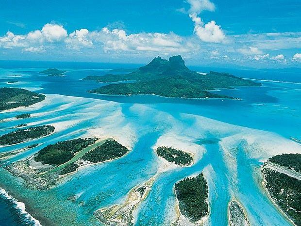 Ilha de Bora Bora vista de cima (Foto: Tahiti Tourism/Divulgação)