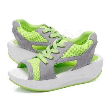 Dámské sandály na cestování - 3 barvy