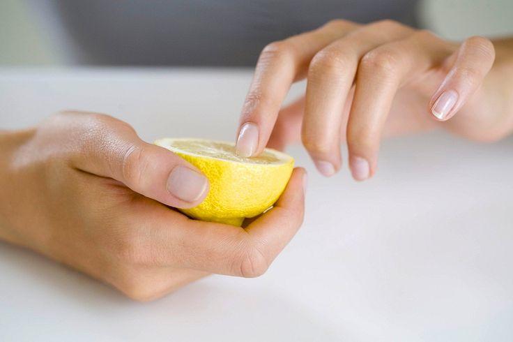 8 лучших способов отбелить ногти в домашних условиях