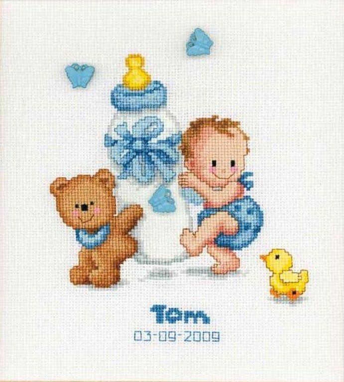 Tom, natalicio punto de cruz