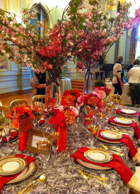 Silver Tablescapes Gold Red Silver Parties And