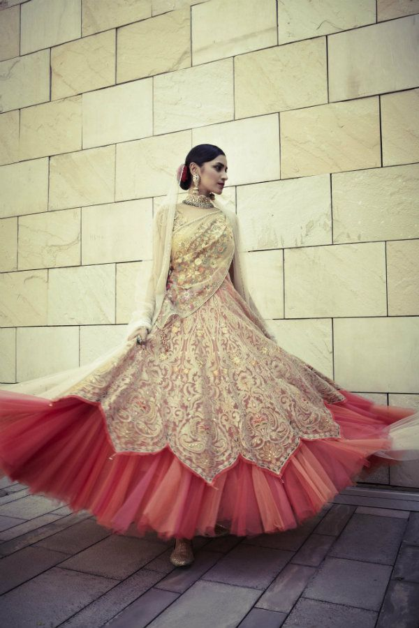 fullonwedding-bridalwear-Designer outfit-5 designer out fit inspirations- tarun tahiliani-double layer