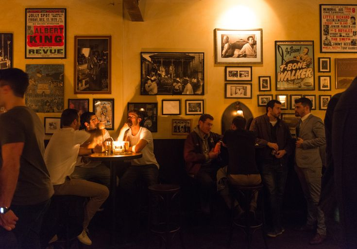 Earl's Juke Joint - Bar