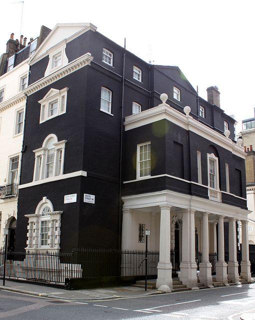 Georgian House: Corner South Audley & South Streets - 1736 by Edward Shepherd