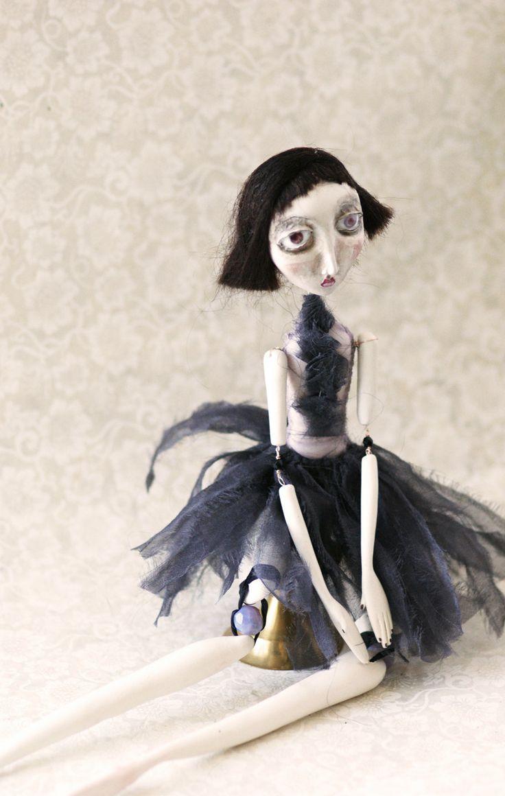 Réjanne - Art Doll. $525.00, via Etsy. (Can anyone lend me $525? :D)