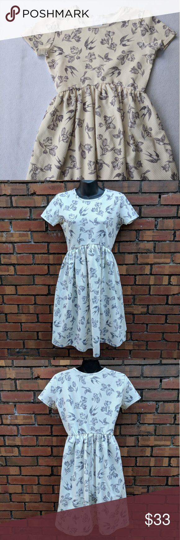 asos Maternity Sparrow Floral Babydoll Skater Dres Pre-owned but in good condition. No flaws, minimal wear. Please see pictures above for measurements.  Offers are always welcome.   30% off bundles of 2+ items.   E&T ASOS Maternity Dresses