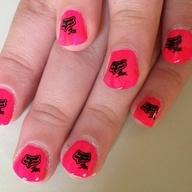sexy hot pink fox racin nails <3 <3