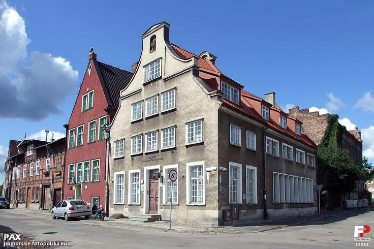 Kamienica nr 12 w której swoją siedzibę ma Gdańskie Towarzystwo Naukowe.