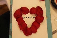 Las rosas rojas siempre asoicadas alamor y más en esta forma en el restaurante Sargo http://blogs.periodistadigital.com/elbuenvivir.php/2018/01/20/p409738#more409738