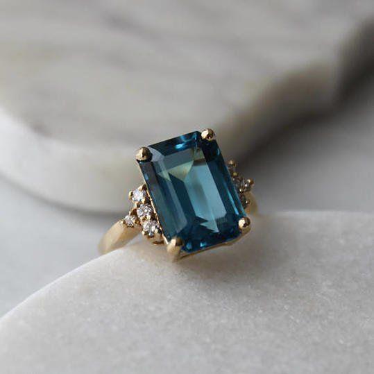 The Best Vintage Engagement Rings on Etsy: menkDuke Vintage Cocktail Gemstone Ring