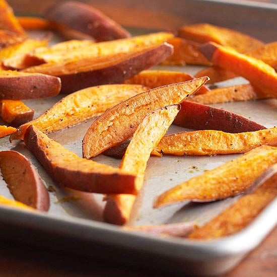 Whether you like them baked or fried, we're sharing two ways to make crispy french fries at home for a tasty side dish that's quick to make. #frenchfries #sidedishes #bakedfries