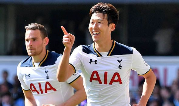 Tottenham 4 - Watford 0: Super Spurs keep pressure on Chelsea for the title - https://newsexplored.co.uk/tottenham-4-watford-0-super-spurs-keep-pressure-on-chelsea-for-the-title/