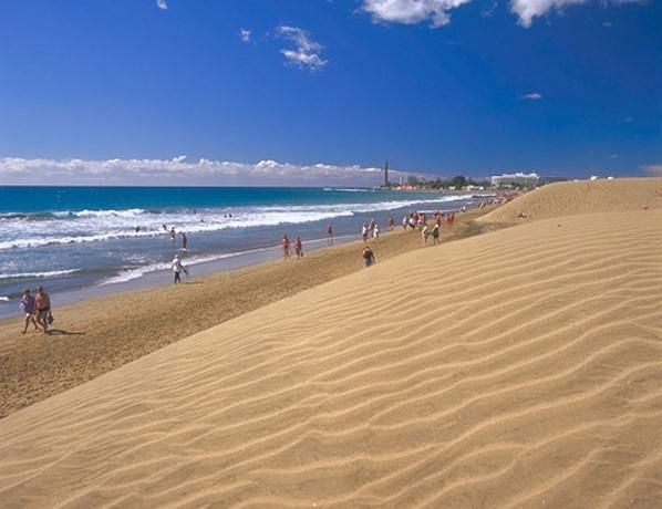 The incredible soft sand beaches of Maspalomas