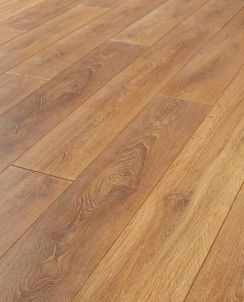 Wickes Aspiran Oak Laminate Flooring | Wickes.co.uk