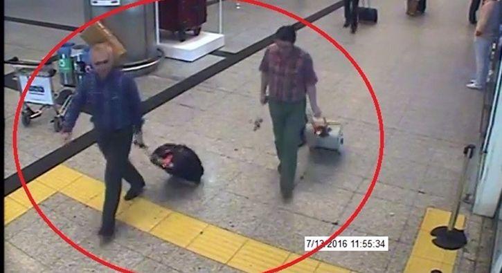 #GÜNDEM Öksüz ve Batmaz'ın ABD'deki fotoğrafları da iddianamede: Fetullahçı Terör Örgütünün (FETÖ) 'Hava Kuvvetleri imamı' Adil Öksüz ile…