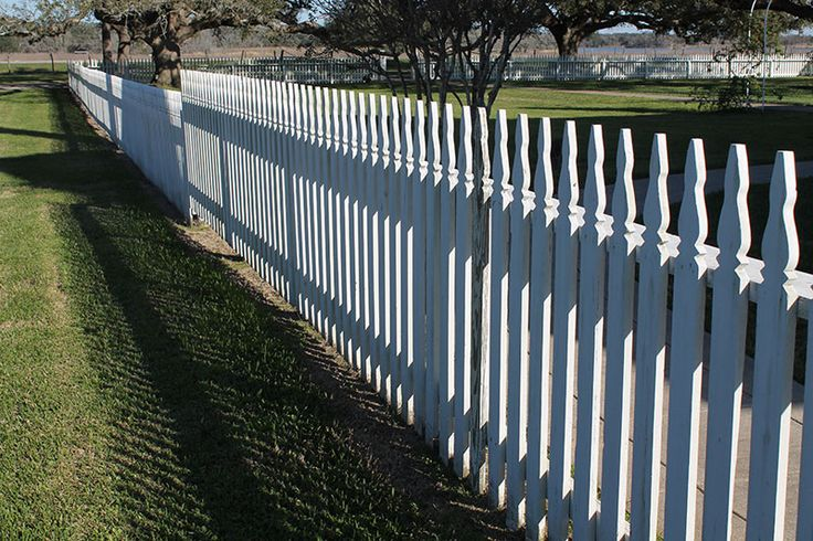 How To Build An Old Fashioned Picket Fence That Will Last