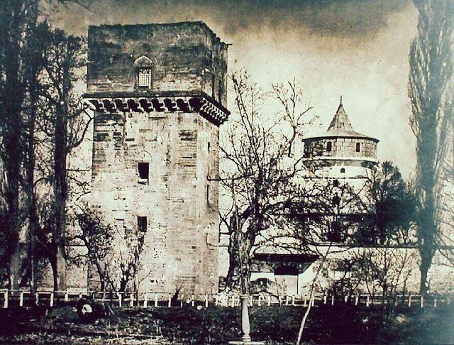 1877 öncesi Edirne Sarayı. Adalet Kasrı ve Cihannüma Kasrı.