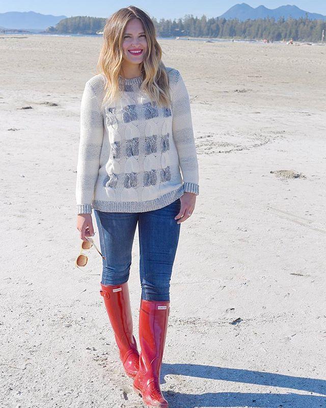 C'mon #sweaterweather 😄