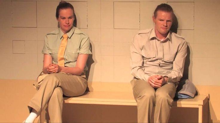Die Radikalisierung Bradley Mannings - Theater Aachen  Die Radikalisierung Bradley Mannings von Tim Price Julian Assange? Edward Snowden? Der erste große Whistleblower des digitalen Zeitalters war Bradley Manning. Er gab WikiLeaks das Video das US-Kampfhubschrauber-Scharfschützen beim Mord an Zivilisten zeigt. Die Scharfschützen sind frei der 25-jährige Whistleblower wurde im Sommer 2013 zu 35 Jahren Haft verurteilt. Am Tag nach der Urteilsverkündung gab er bekannt dass er sich seit…