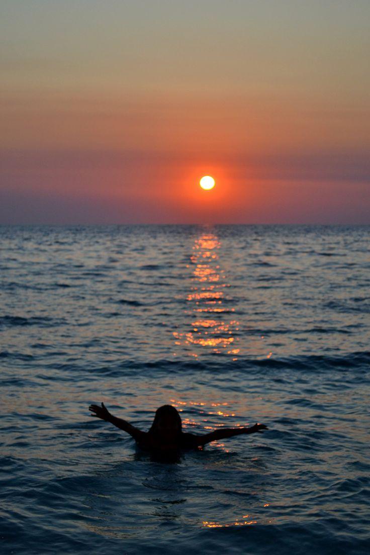 Enjoying the sunset | Alexa Otet