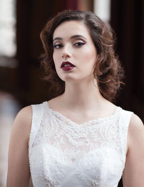 Vijf make-uptrends voor aanstaande bruidjes - Het Nieuwsblad: http://www.nieuwsblad.be/cnt/dmf20150421_01641237