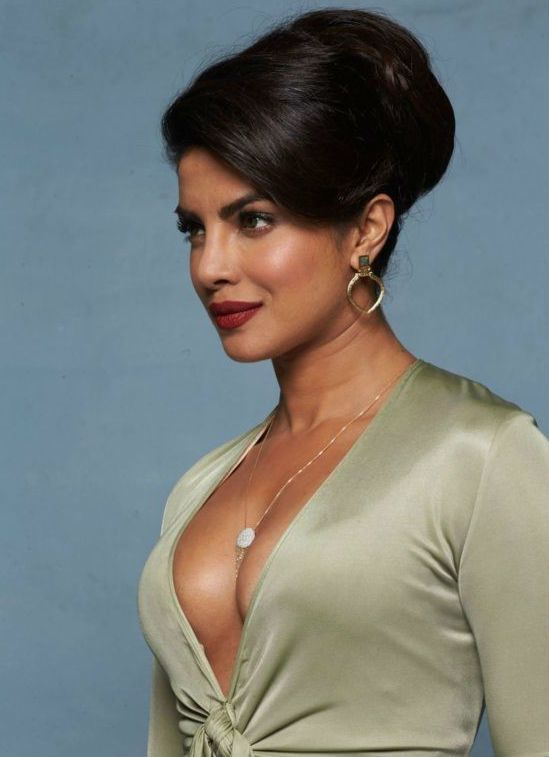 priyanka sexiest cleavage photoshoot photos 23