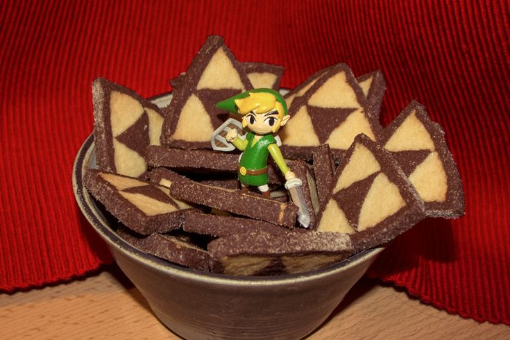 I wasn't sure where to pin these Triforce chocolate cookies. They are just as much Yum as they are Cool Ass Geek Stuff!