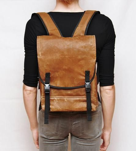 I might be obsessed with this backpack. Reminds me of one I loved in high school. :: Waxed canvas backpack by Anhaica Bagworks
