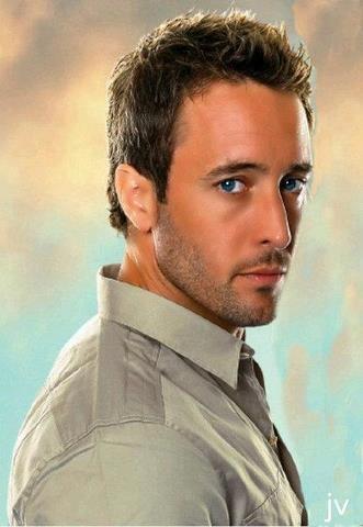 Alex O'Loughlin - he is THE reason I watch Hawaii 5-0!!