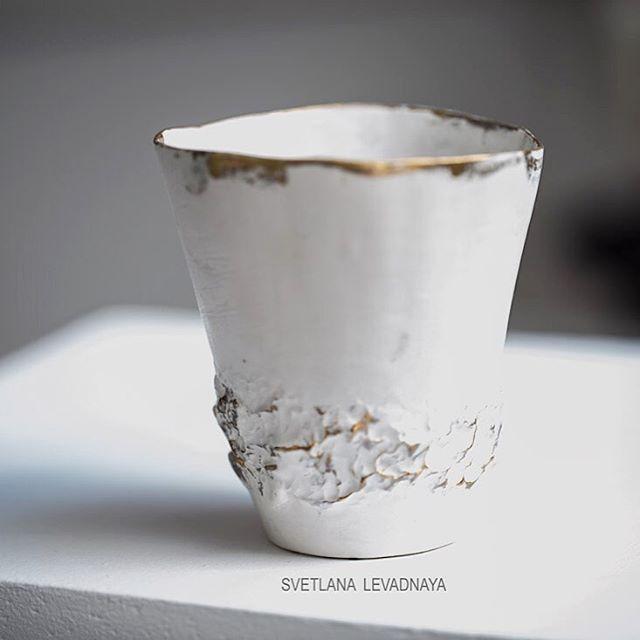 Пакуем чаши, моя ручная работа, лепка, фаянс. Спасибо за вкус, за Ваши прекрасные слова! ❤️🙏🏻 #svetlanalevadnaja #levadnajadetails #moscow #style #interior #home #дом #дизайнинтерьера