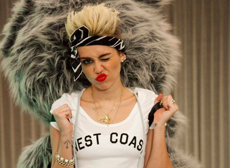 She is perfect <3<3<3<3<3 #Smiler