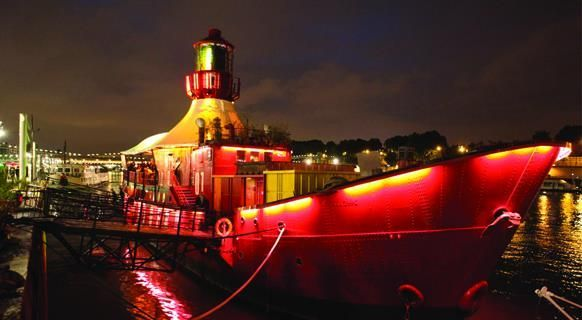 Le Batofar is well known in the Parisian nightlife scene and it's definitely one of a kind. Step on board this boat to discover a bar, nightclub, restaurant and concert hall on board. The music is ...