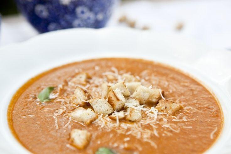 Lilková polévka s parmezánem
