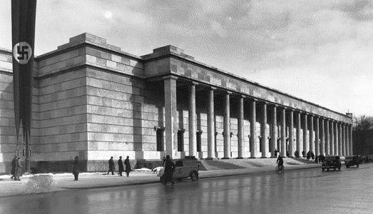 L'Haus der Kunst (Casa dell'Arte) ancora troppo nazista