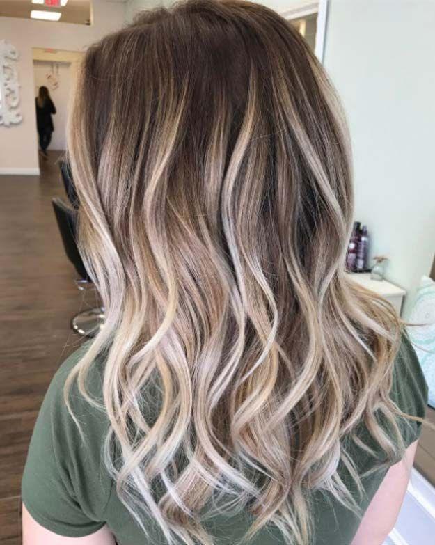 Cute Dark Brown Hair With Blonde Highlights Balayage Hair Hair Styles Brown Hair With Blonde Highlights