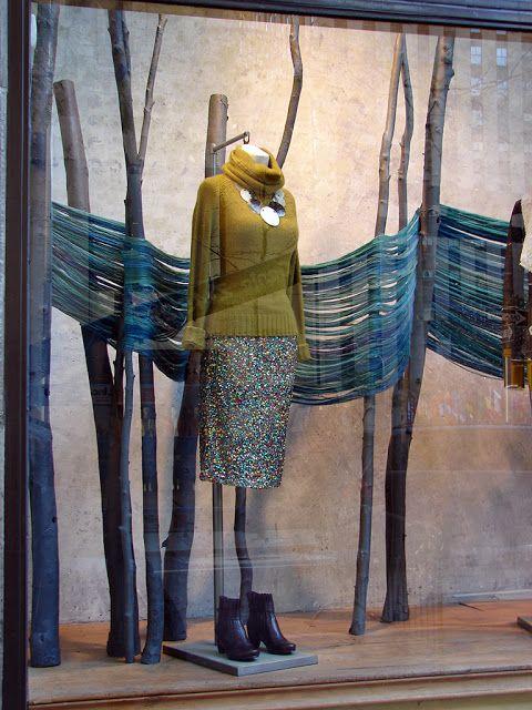 Beautiful Window Displays!: Anthropologie Window Displays