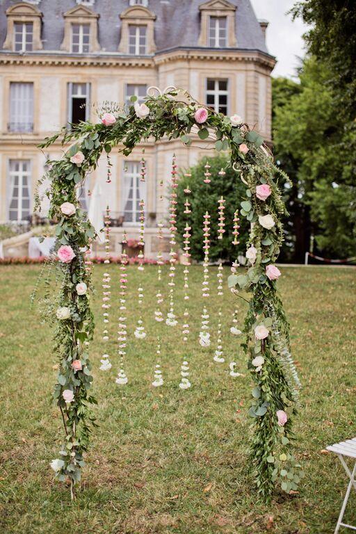 Guirlande de fleurs - arche en roses David Austin