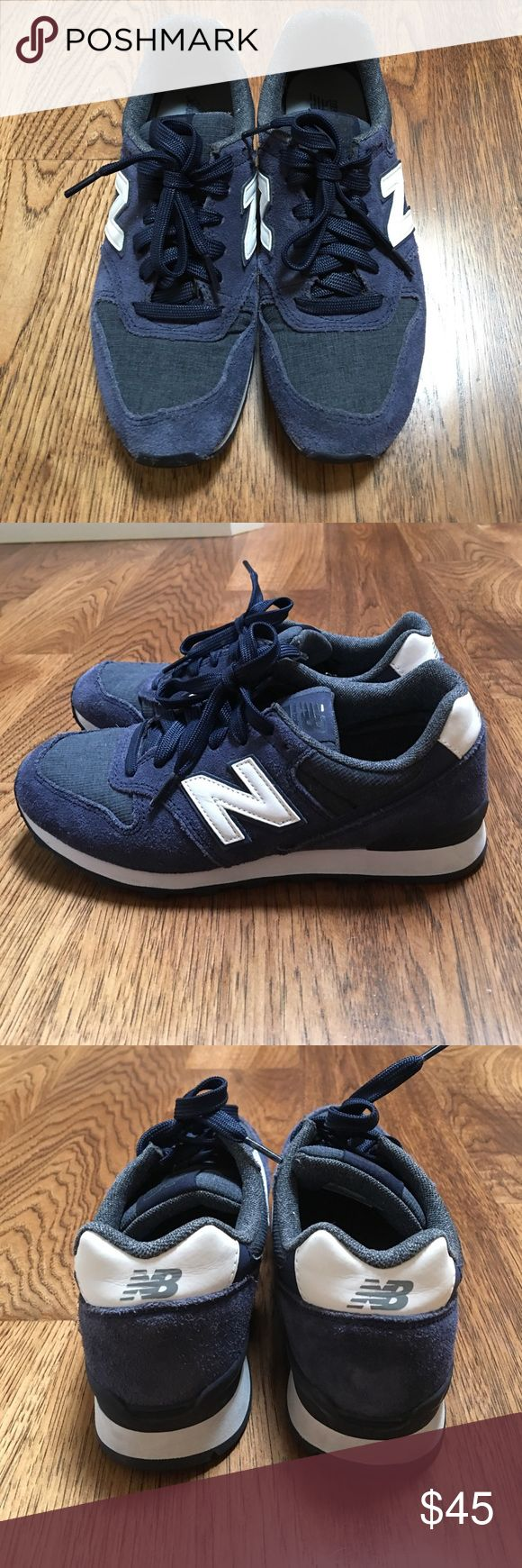 Navy blue New Balance Sneakers 696