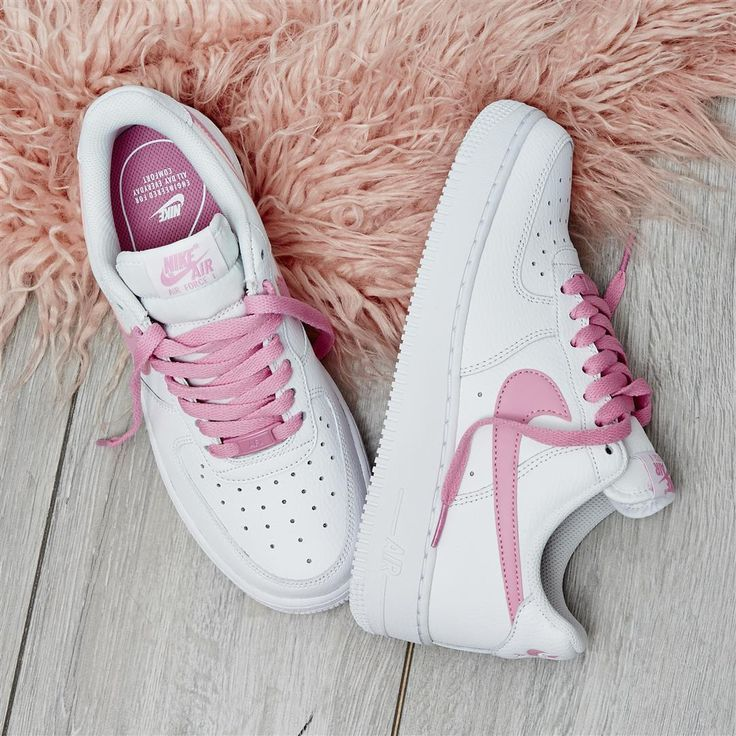 A touch of power pink to the classic Nike Air Force 1 ...