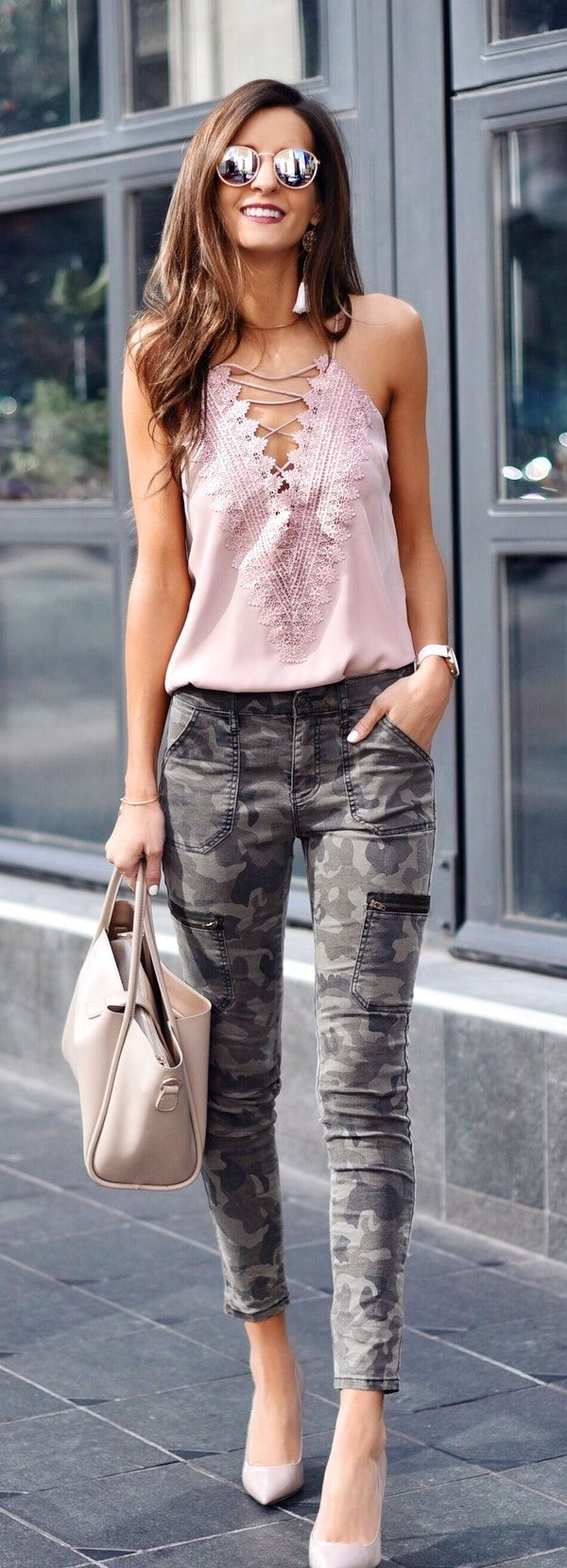 #spring #outfits woman in purple halter top, gray and black camouflage jeans, and pair of pink heeled shoes outfit. Pic by @myviewinheels