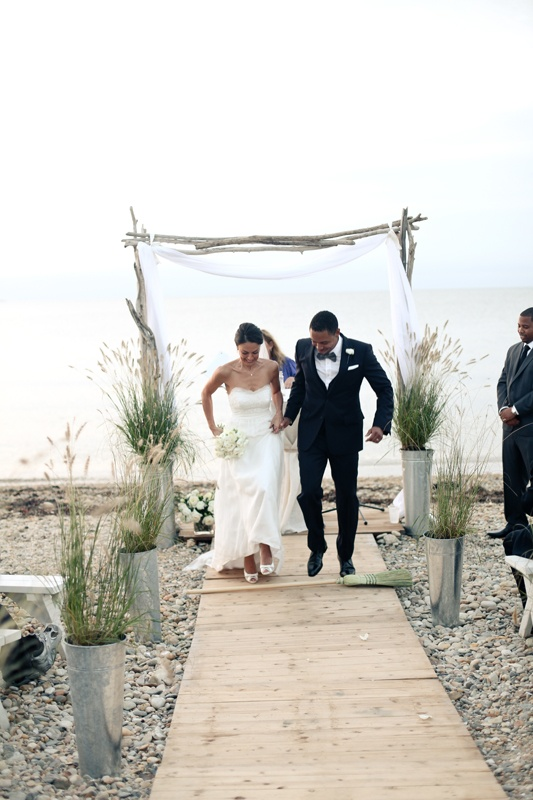 Beautiful Montauk Beach Wedding Stylish Hip Weddings Photography Brooklyn Ny Pinterest And