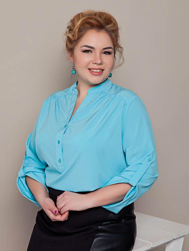 Легкая свободная голубая блузка. Коллекция plus size весна-лето 2016.