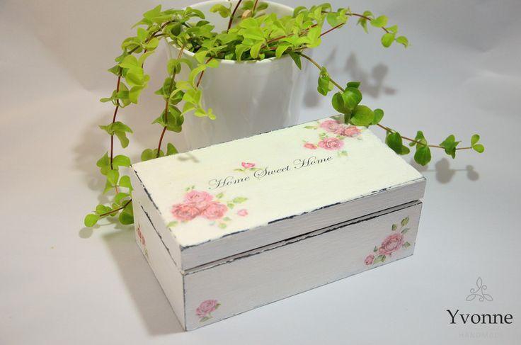 Postarzana drewniana szkatułka w stylu sielskim  - Yvonne_hm - Pozostałe