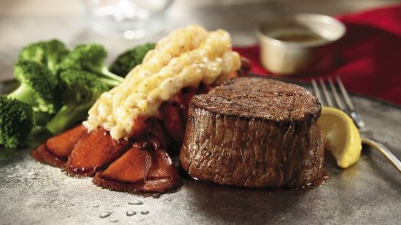 LongHorn Steakhouse shares its recipe for Flo's Filet and Lobster Tail.