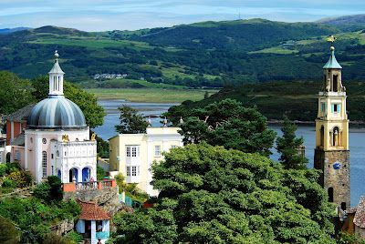 Portmeirion, A+general+view.jpg (400×268)