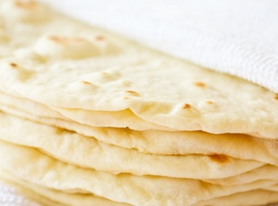 DIY: Soft Flour Tortillas Recipe. Maybe sub tallow for lard?