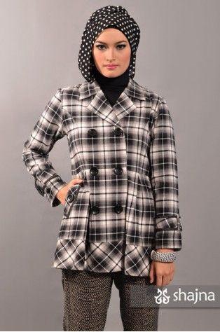Shajna SK382A - WHITE-BLACK KASSIA TOP www.shajna.com #hijab #muslimah #hijabstyle