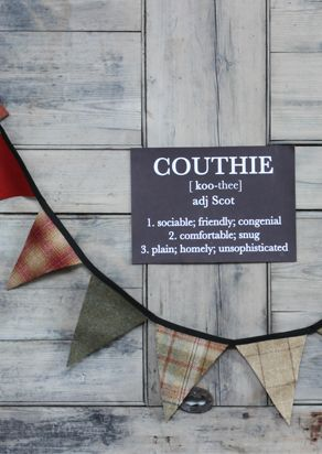 Tweed bunting ... available in either Heather shades of greens, lilacs and purples, or autumnal shades of russetts, oranges and greens. Stocking filler or Christmas decoration.