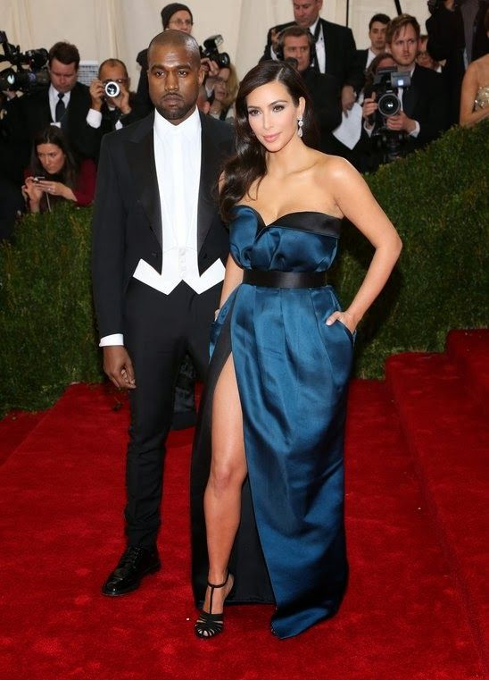 GOSSIP OVER THE WORLD: Kim Kardashian and Kanye West get married in Italy...